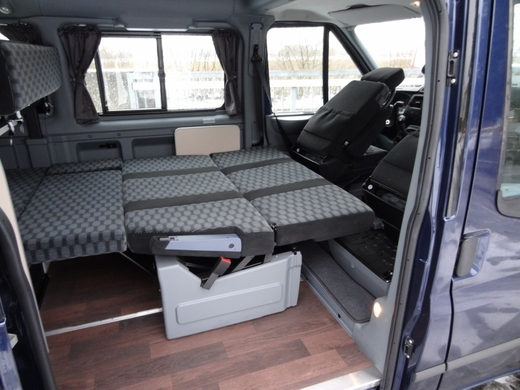 ford transit nugget. Black Bedroom Furniture Sets. Home Design Ideas